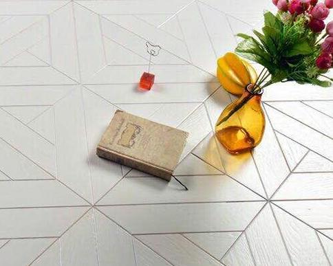 白橡拼接实木复合地板应用