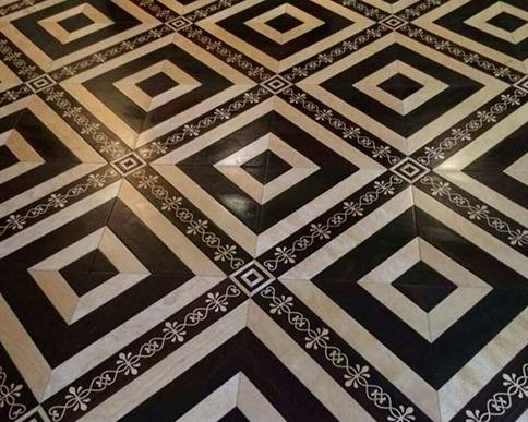 回形格实木复合地板应用